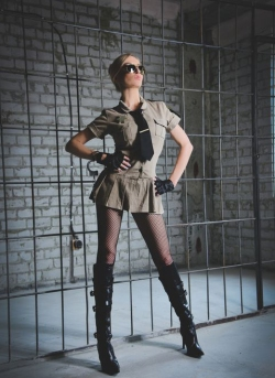 Sexy cop Shezel's erotic xxx interrogations